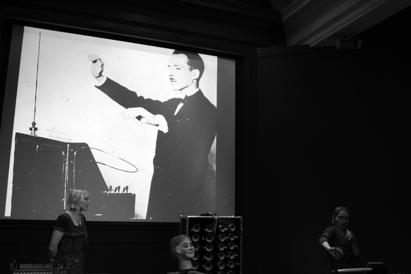 THEREMIN21